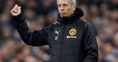 Bóng đá quốc tế sáng 18/5: HLV Dortmund vẫn tiếc dù giành chiến thắng